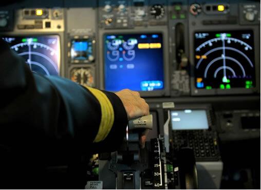 """Aeronáuticos manifiestan """"preocupación extrema"""" y advierten que hay riesgo de """"siniestros"""""""
