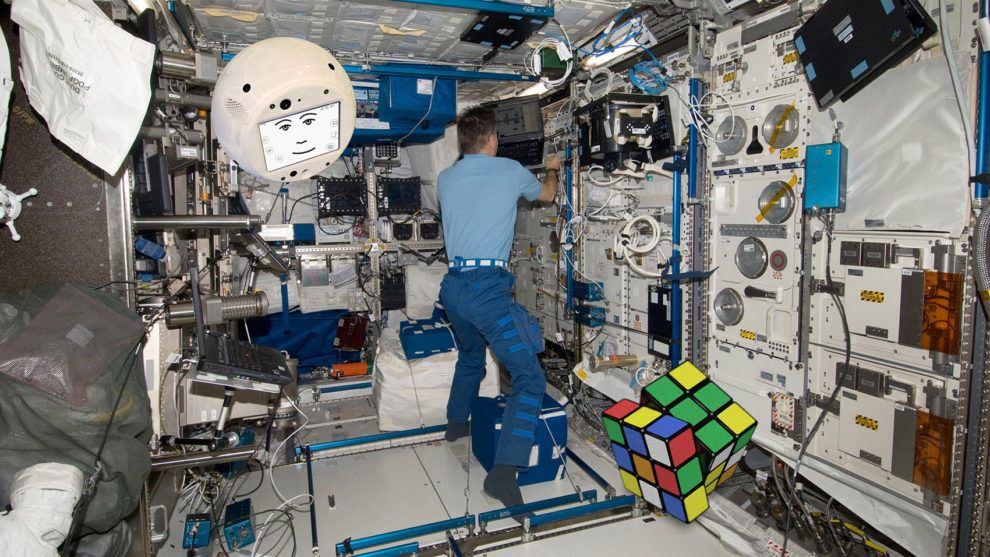 CIMON, el nuevo ciber asistente de los astronautas de la ISS