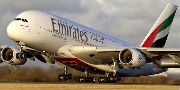 ¿Cómo se limpia un A380 sin agua y ahorrando millones de litros al año?
