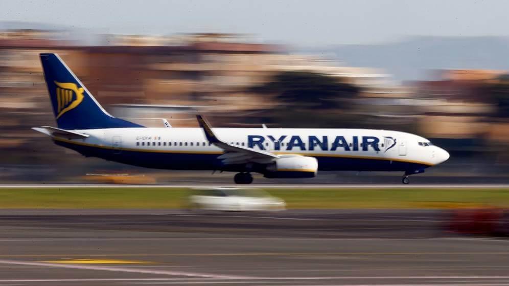 El último truco de Ryanair para cobrarte una comisión por tu asiento