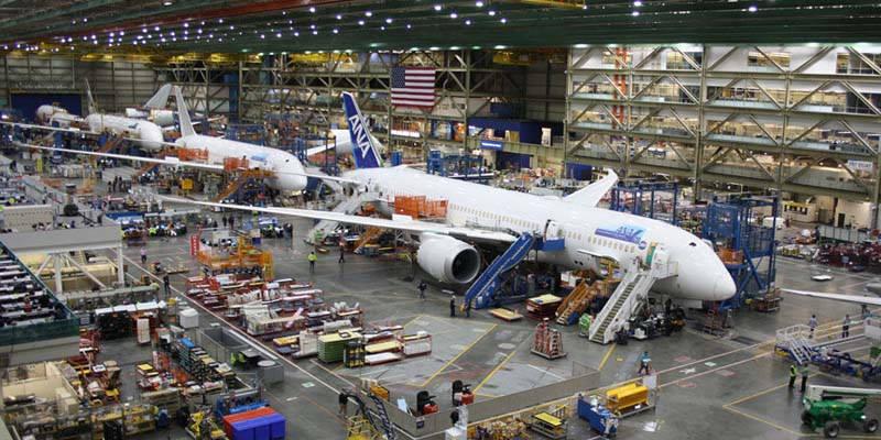 La FAA multará a Boeing por presionar a sus trabajadores del programa 787