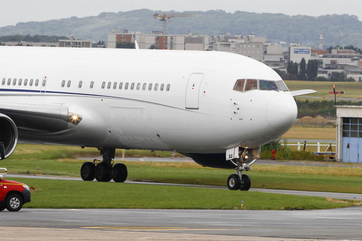 Pareja china protagoniza vergonzosa pelea antes de abordar avión