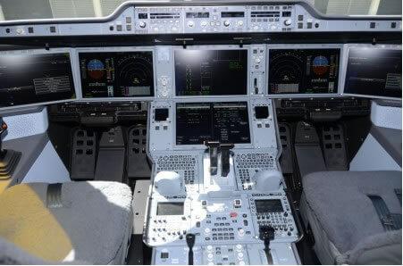 Cockpit del primer Airbus A350-900 de Asiana.
